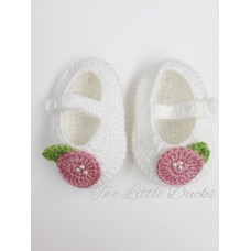 Rose detail crochet bootie - White